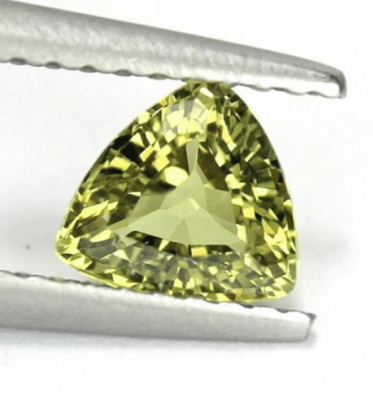 Grossular-garnet-072